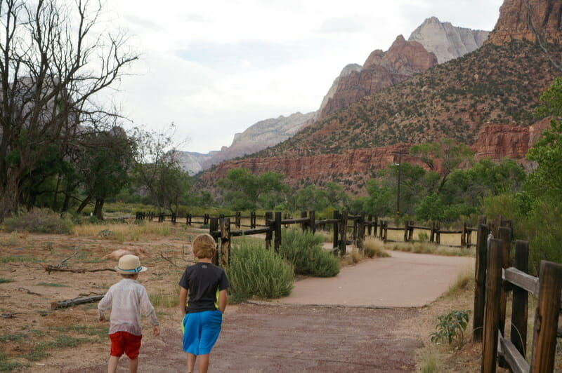 The best zion hikes for families include this path by the river.