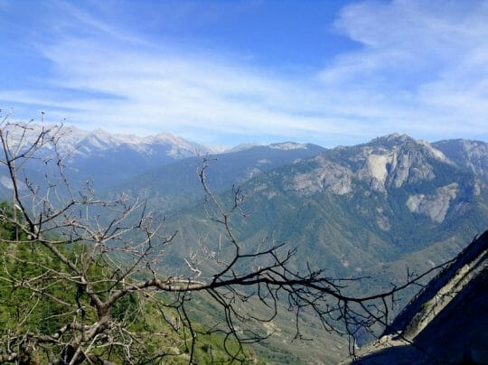 Visiting Sequoia National Park in one day - View from Moro Rock