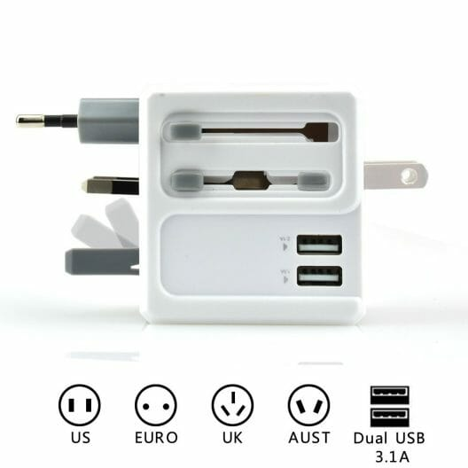 Bestek Travel Adapter - Travel Essentials