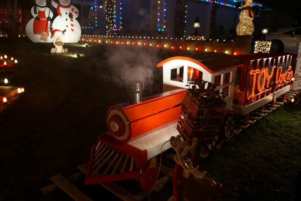 Christmas Trains - los angeles holiday activities and events