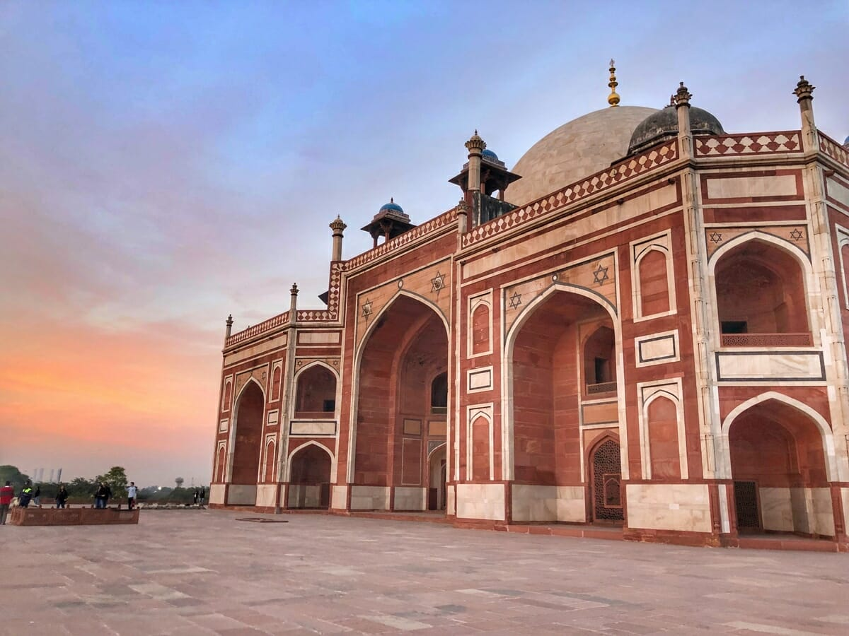 7 Best Places To Visit In Delhi