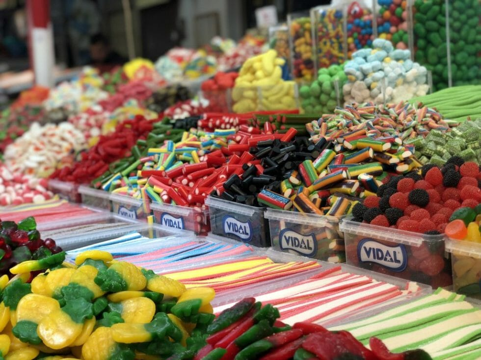 Eat your way through markets while visiting Israel with kids